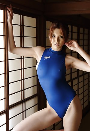 Swimsuit Fetish Pics