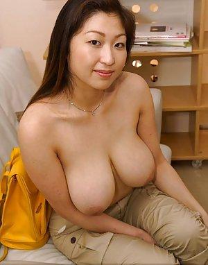 Big Asian Boobs Pics