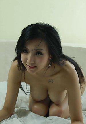 Big Chinese Boobs Pics