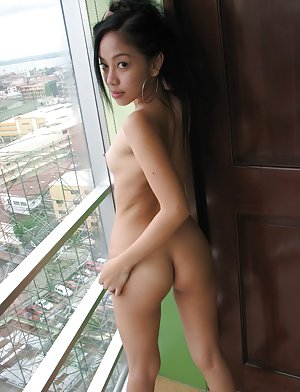 Asian Coed Boobs Pics