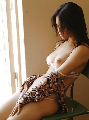 Asian Erotica Pics