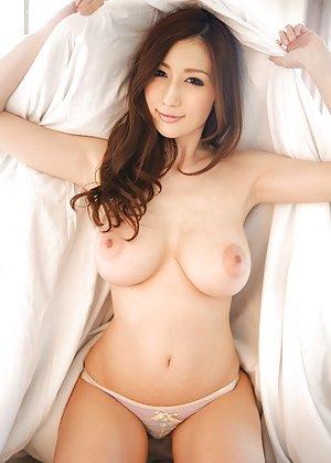 Asian Babes Pics
